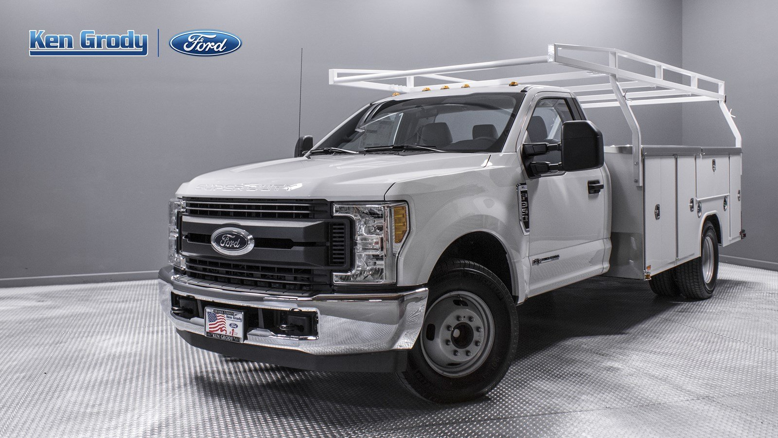 New 2017 Ford Super Duty F 350 DRW XL Regular Cab Chassis Cab in