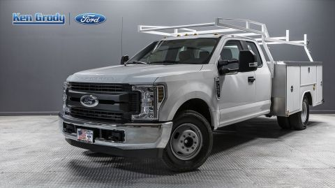 New 2019 Ford Super Duty F-350 DRW XL